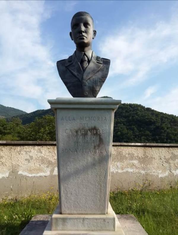 Filippo Bonavitacola: un eroe da commemorare